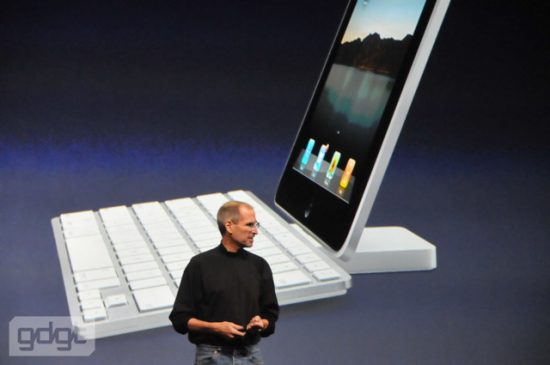 apple-tablet-keynote_188