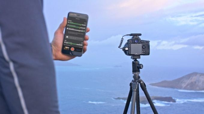 Arsenal App und Kamera mit Stativ