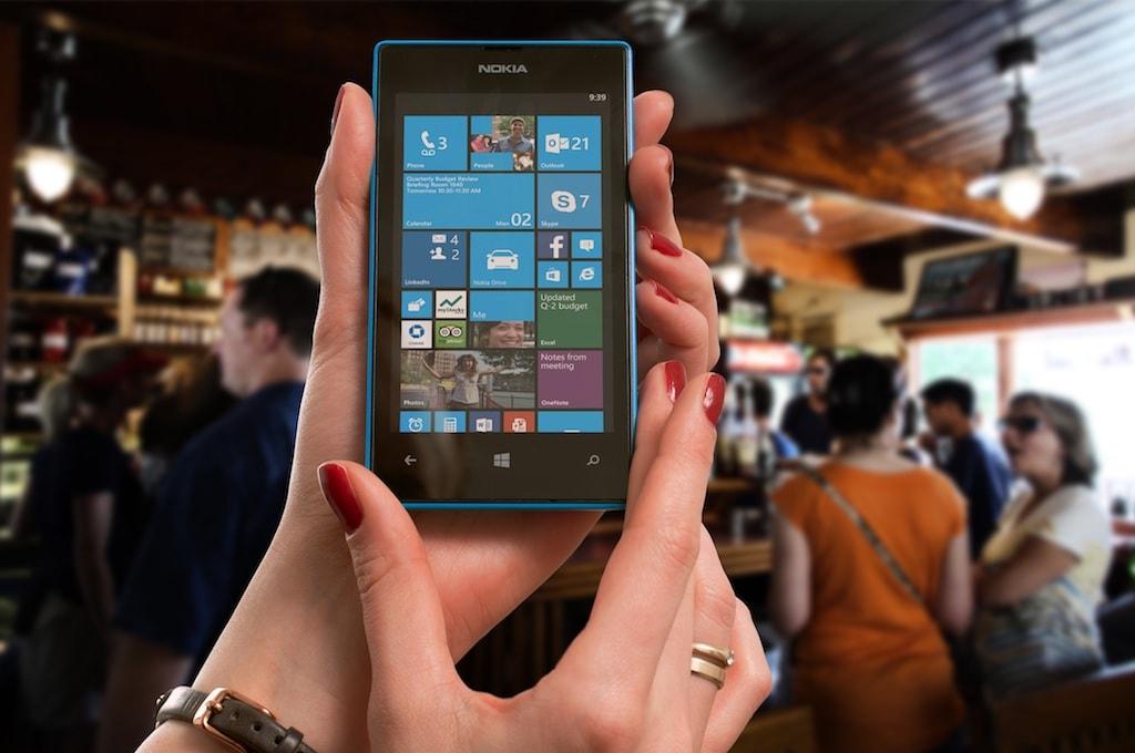 Windows Phone in Hand CC0