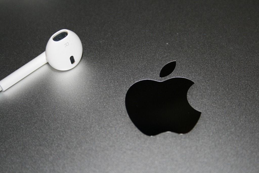 Apple EarBud und Logo