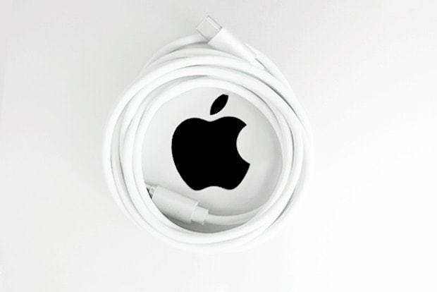 Vinpok Bolt mit Apple Logo