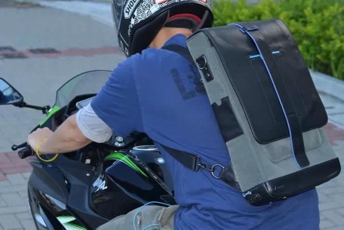 Moovy Bag auf Motorrad
