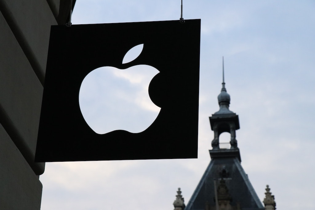 Apple Logo Amsterdam