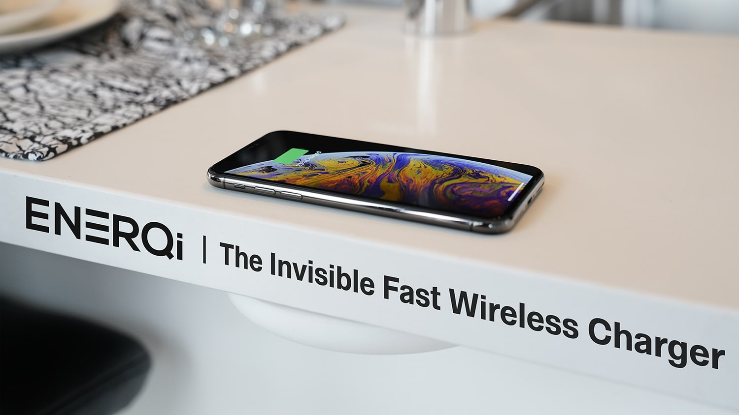 ENERQi Wireless-Charger 2